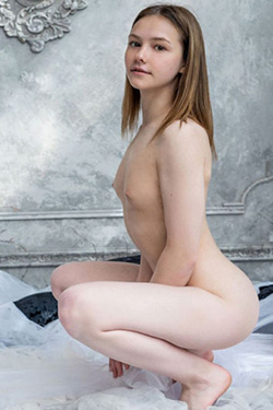 Hellena experienced Top Escort Berlin dream woman for kinky escort service and caressing and cuddling