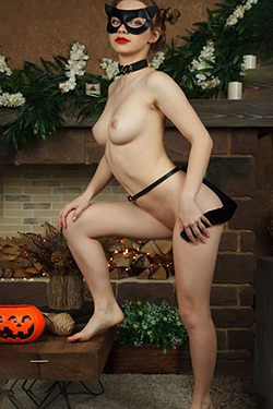Emilia Top Supermodel Escort Love Servant in Berlin for Sexual Services at Home and Traffic on Vacation
