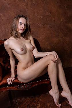 Katrina Topmodel Model à l'agence d'escorte pour partenaire voyageuse avec caresses et câlins