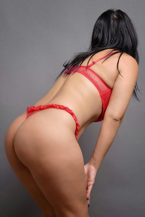 Anita - Erotisches Escort Teen Girl verwöhnt mit Full Service