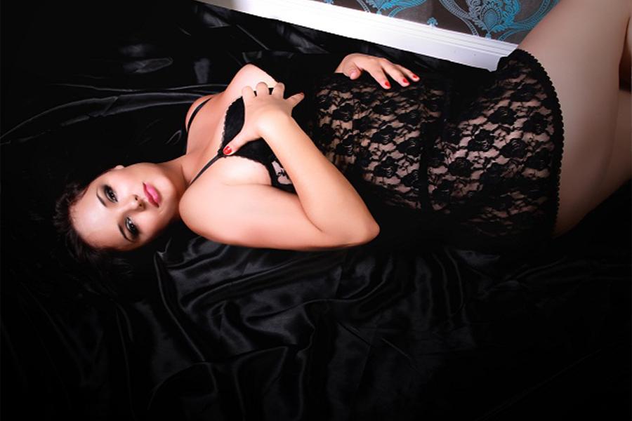 Diskrete Sexkontakte mit Hobby Nutte Ornela in Berlin