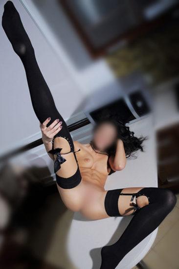 Saskia – Nasty escorte nymphomane aime frivole connaissances sexuelles à Berlin