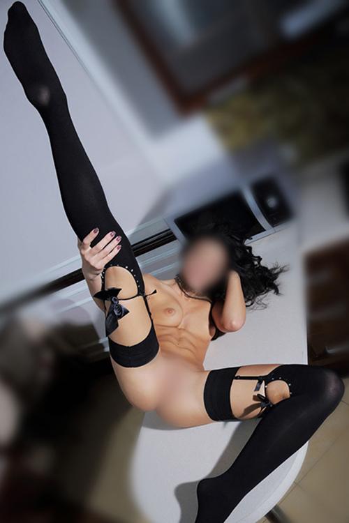 Saskia - Nasty escorte nymphomane aime frivole connaissances sexuelles à Berlin