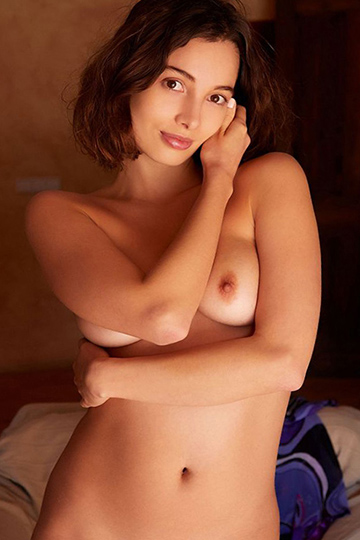 Jorinde devoted top escort model Berlin for kinky hotel visits with anal traffic